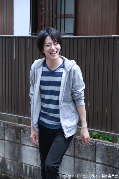 廣瀬さん演じる丸井は、借金のためヤクザから追われている途中、2人と出会います