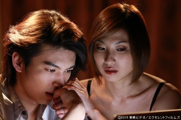 (左)荒井敦史さん、(右)月岡鈴さん