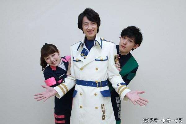 中央に吉田さん、両サイドに伊藤さん&菊地さんという3ショットは、ほとんどないとのこと。貴重なショットです!