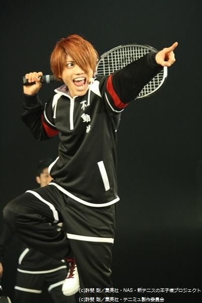 スピードのエースを自称する、リズムテニスで戦う2年生の神尾アキラ