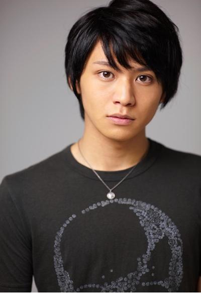 映画『ガチバン』シリーズでは最強ヤンキーを熱演していた佐野和真さんが、コミカルな主人公に!