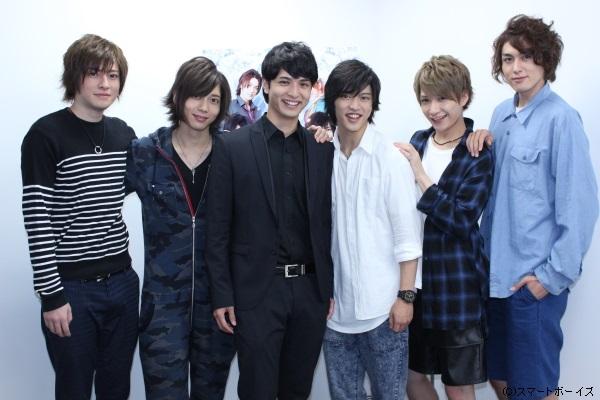 (写真左より)木村敦さん、染谷俊之さん、中村優一さん、石渡真修さん、井深克彦さん、稲垣成弥さん