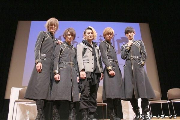 画像左から登壇者の小野健斗さん、松田凌さん、中村龍介さん、赤澤燈さん、廣瀬大介さん