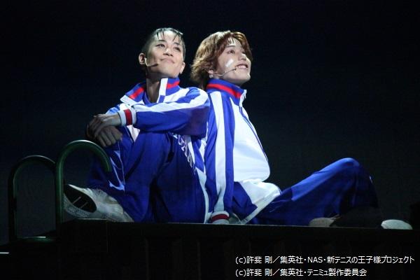 固い絆で結ばれた大石秀一郎と菊丸英二のゴールデンペアにほのぼの♪