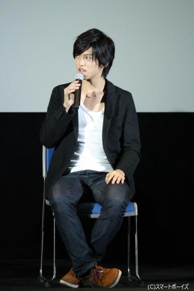明るく元気な2年生・藤堂平助役を演じる、石渡真修さん