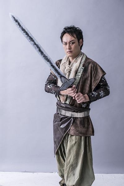 カール役・青木 威さん