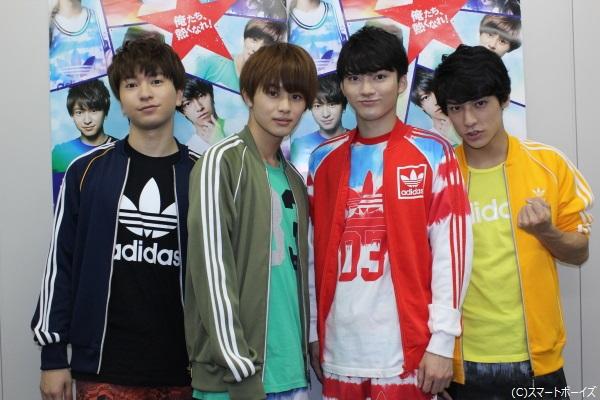 (写真左より)大山賢将役のコーイチさん、伊勢信矢役のタクヤさん、中臣貴章役のユーキさん、天野大悟役のユースケさん