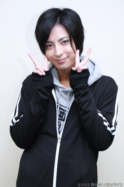 ピースサインの斉藤さん、可愛すぎます!!