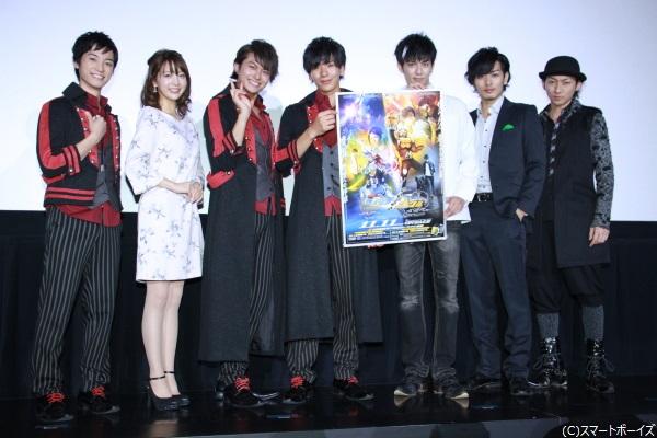 (左より)百瀬朔さん、麻亜里さん、小林豊さん、