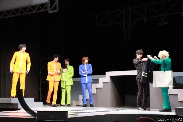 山手線役は日替わりゲストが登場。ゲネプロでは高木俊さん(左から3人目。不動峰中・初代 桜井雅也役)が出演