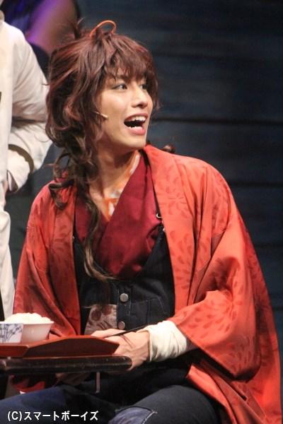 コハク役の橋本真一さん
