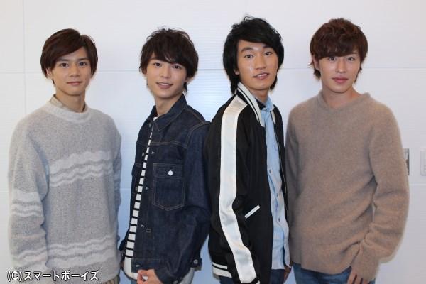 (左より)石原壮馬さん、溝口琢矢さん、三村和敬さん、富田健太郎さん