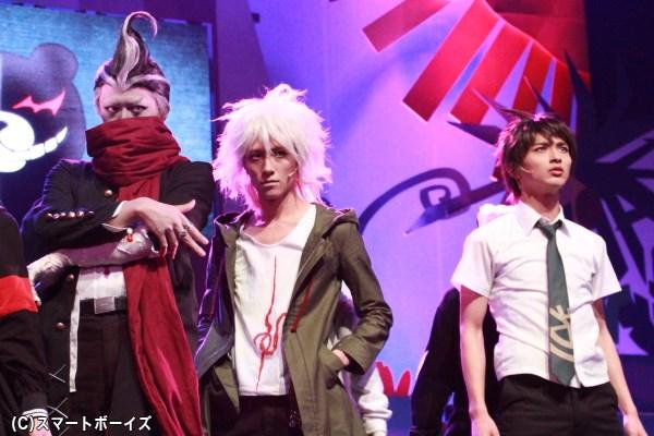 横浜さん&井上さん&鈴木さんの3ショットを激写! 果たして最後まで生き残ることが出来るのは?