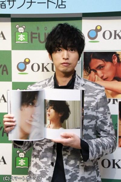 桐山さんが選ぶベストショット 「自分でも知らないような気の抜いた表情が一番お気に入りです!」
