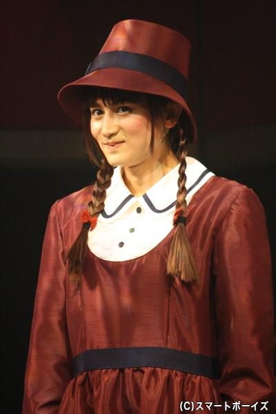 新聞記者を目指す女学生、好奇心旺盛なリンダ役の佐藤永典さん