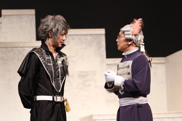(左)ウィル皇子役の小林辰也さん (右)じいや(フラド)役の中島信太郎(Kimeruさん)