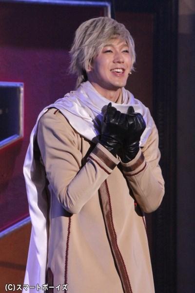 どんな悲惨な状況でも微笑みを絶やさなかったロシア役の山沖勇輝さん