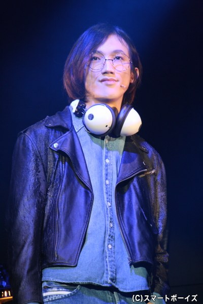 事件前からの直貴の友人・祐輔(廣瀬大介さん)は、直貴をバンド活動に誘う