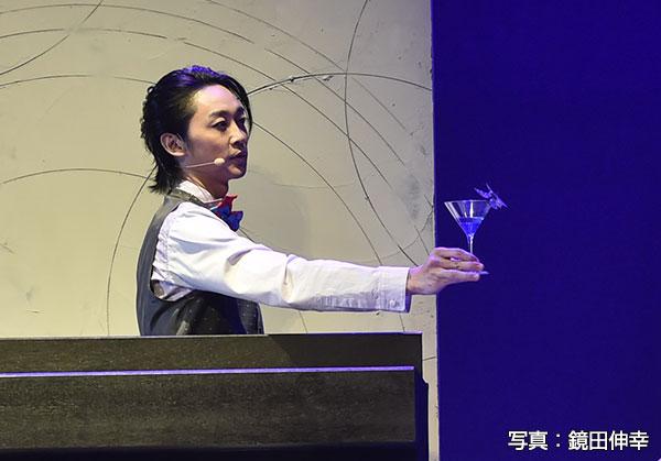 バーテンター役の三上 俊さん