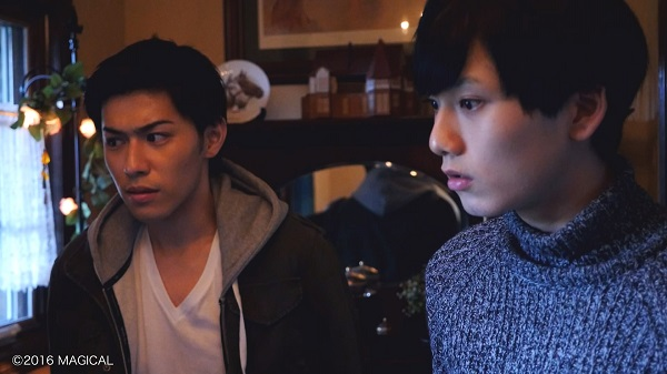 W主演の神永圭佑さん(左)と水石亜飛夢さん