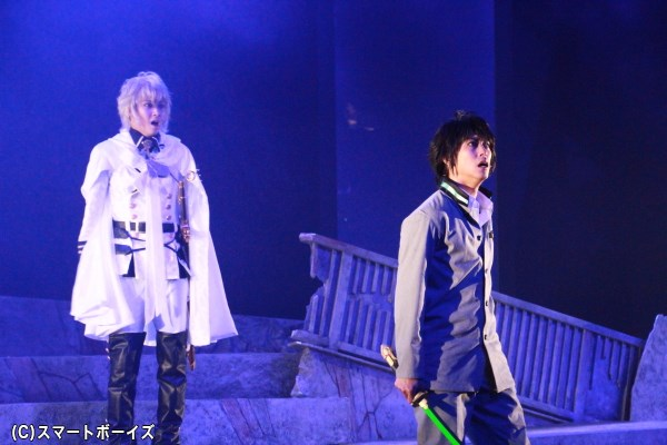 家族同然の絆を持っていた優一郎とミカエラは、「人間」と「吸血鬼」として相見える