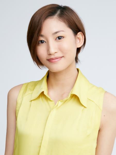 超高校級の文学少女・腐川冬子役の七木奏音さん