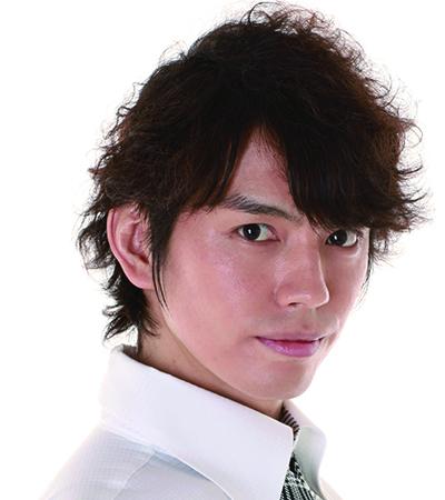 昨年に引き続き、村上幸平さんが悪役・フック船長を演じます!