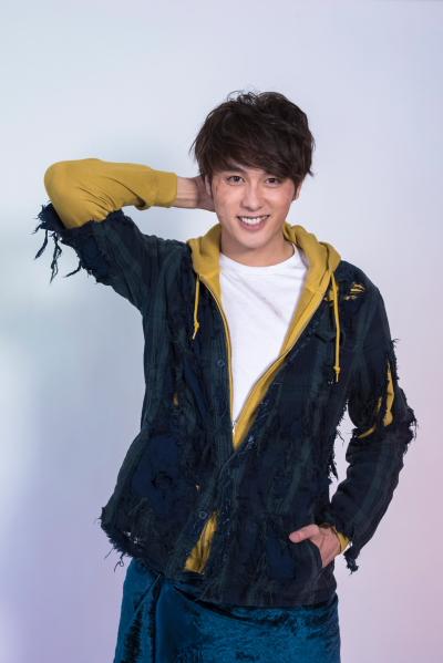 188cmの長身がステージに映える、注目俳優の稲垣成弥さん