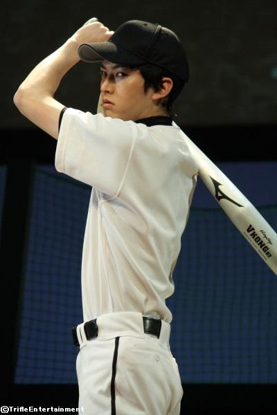 鋭いまなざしで、故障してしまったスラッガー・益岡役を演じた和田雅成さん