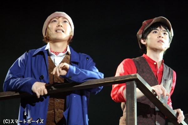 (左から)ポール・ゴーギャン役のKimeruさん、ポール・シニャック役の吉田大輝さん