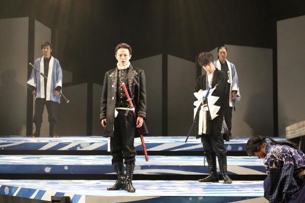 土方と斎藤、新撰組で生きた男たちの姿が今作でも描かれます(前作ステージより)