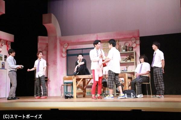 舞台は今回も伊知古高校演劇部部室。あの名物キャラも続々と登場!