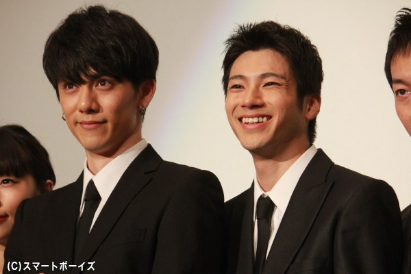 「笑顔でお願いしまーす」の声に満面笑顔の山田さん