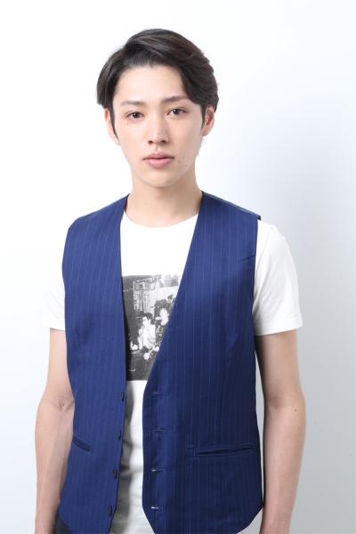 伏見猿比古(ふしみ さるひこ)役を演じる安西慎太郎さん