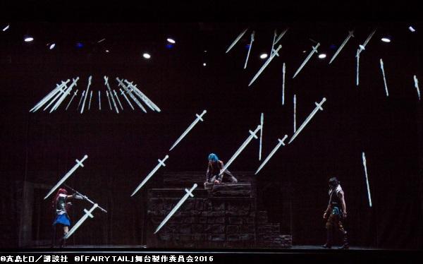漫画ならではの表現が再現されたステージで、観客を圧倒!