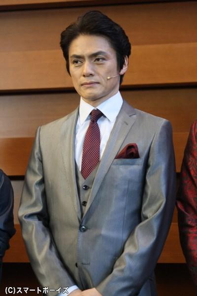 物語の舞台である大都市・フォーダムシティの市長役を演じる松村雄基さん