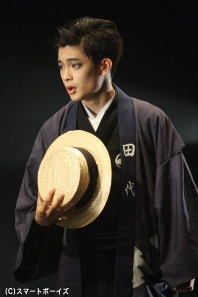 小野さん演じるお亀と恋仲の道具屋与兵衛などを演じる井之脇海さん