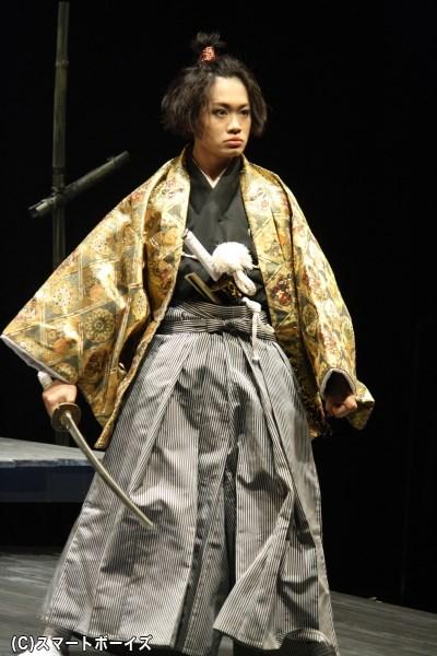 立場の太平次、多賀俊行、そして女役のおわたを演じる鳥越裕貴さん