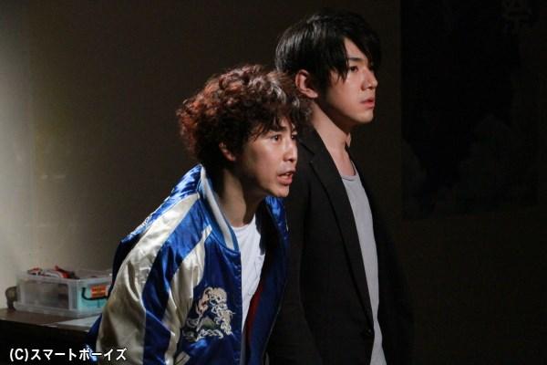 月岡弘一さん演じる佐治(右)はオタク研究会副会長で、部のまとめ役でもある