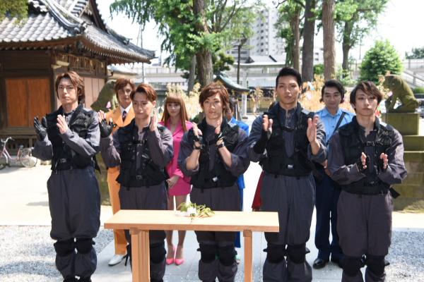 (左から)北園涼さん、味方良介さん、青柳塁斗さん、章平さん、福澤侑さん