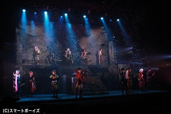 多くの感動と共に、斬劇『戦国BASARA4 皇』本能寺の変が終幕!