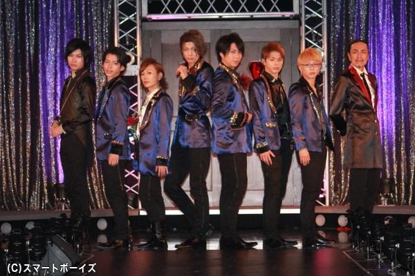 (左より) 法月康平さん、長倉正明さん、Kimeruさん、東 啓介さん、大山真志さん、加藤良輔さん、後藤健流さん、石坂 勇さん