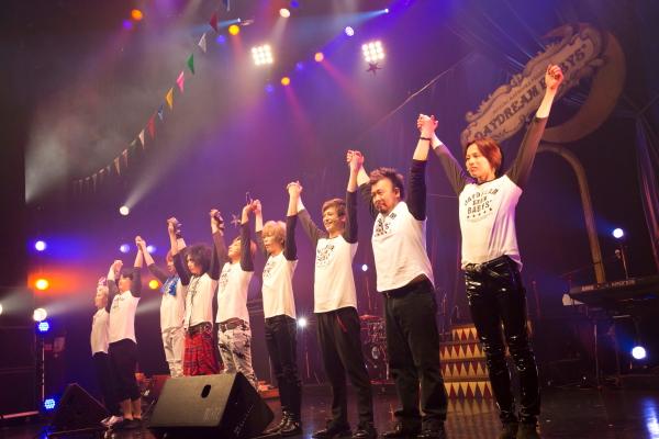 俳優・アーティストの枠を超えて、多彩なメンバーが繰り広げる夢のステージが開幕!