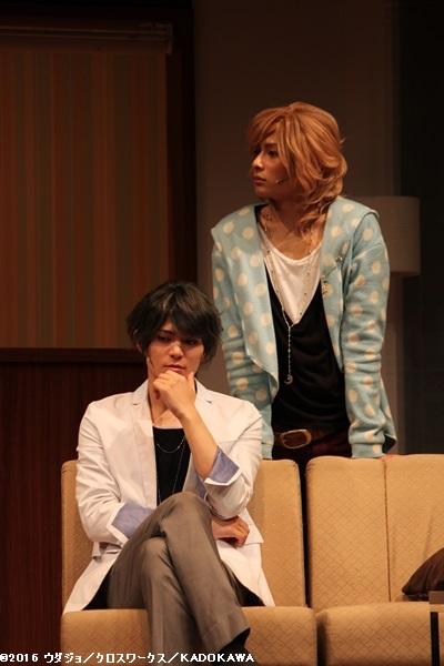 祈織役の川隅美慎さん(左)と琉生役の橋本祥平さん(右)
