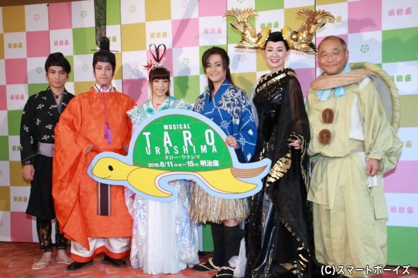 (左より)崎本大海さん、和泉元彌さん、上原多香子さん、木村了さん、とよた真帆さん、斎藤暁さん