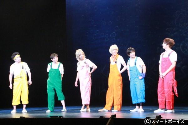 新人アイドルグループ「見たい、聞きたい、歌い鯛」 (左より)坂元健児さん、二瓶拓也さん、辻本祐樹さん、碕理人さん、土屋シオンさん、滝口幸広さん