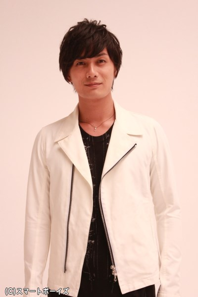舞台では霧隠才蔵、映画版では由利鎌之助を演じる加藤和樹さん