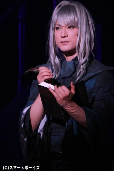 旅人役は声優・俳優・歌手・コスプレイヤーとして活動中の霜月紫さん