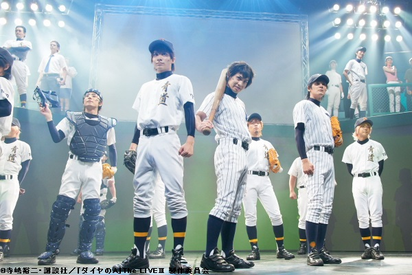 あたかも野球観戦をしているかのような演出にも注目です
