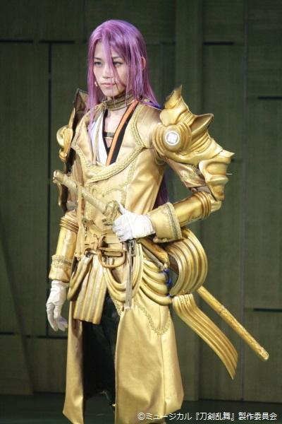 虎徹の真作として誇りを持ち、今回の編成では隊長を務める蜂須賀虎徹役の高橋健介さん